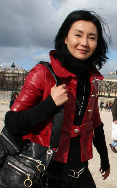 maggie cheung tuileries paris